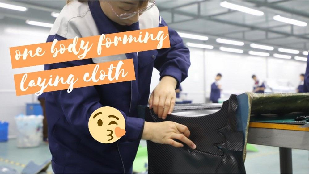 Hot pressure tank epoxy low temperature curing one body forming - laying cloth